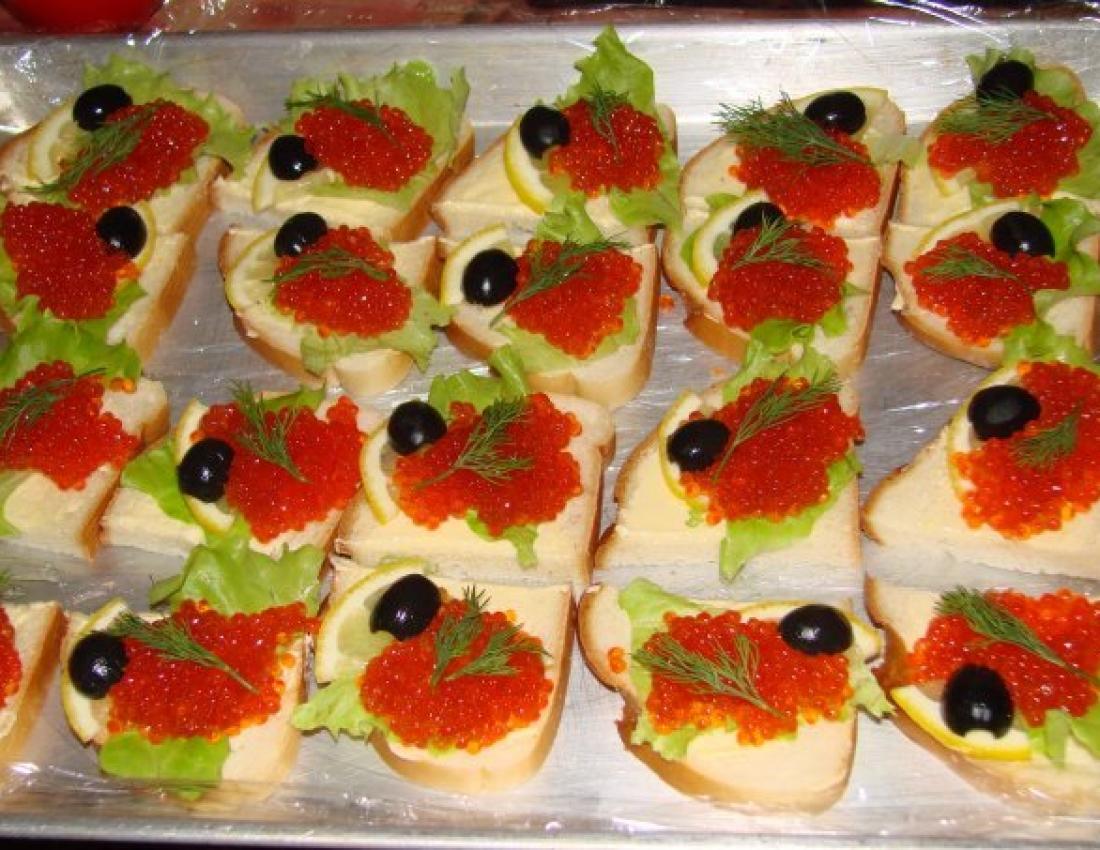 Бутерброды с черной икрой на праздничный стол рецепты