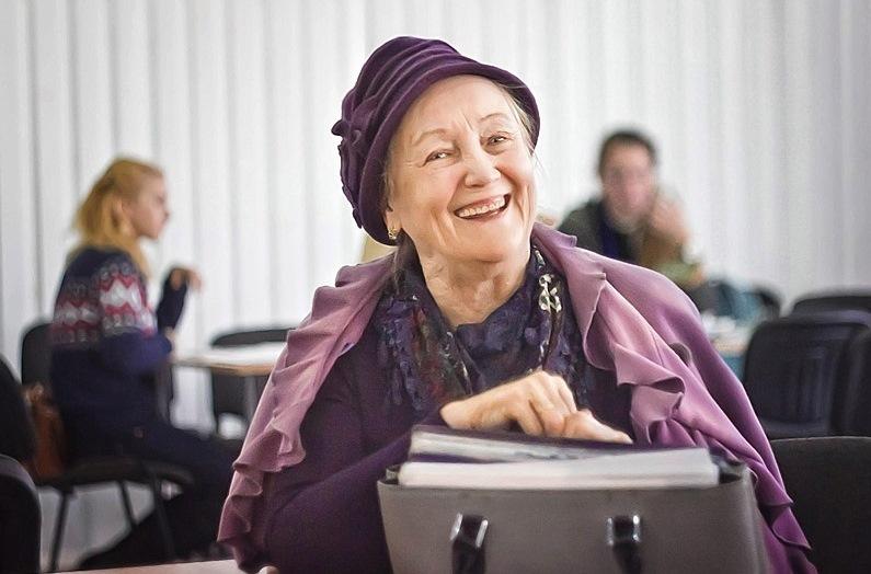 На Прикарпатті зростає кількість консультаційних пунктів для пенсіонерів (відеосюжет)